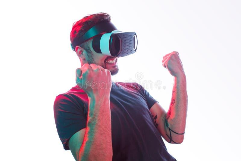 Jogar realidade virtual 555842